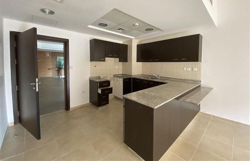 Apartment in Al Thamam For Rent
