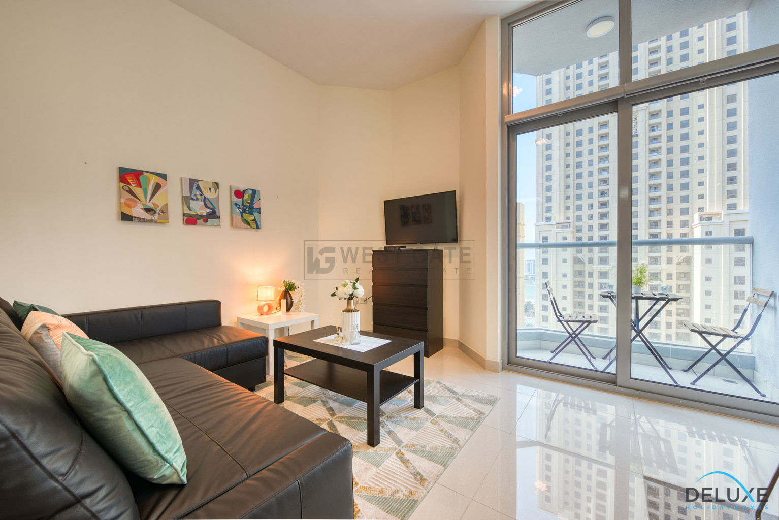 Apartment in Marina Wharf For Rent