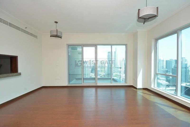 Apartment in Marina Promenade For Sale