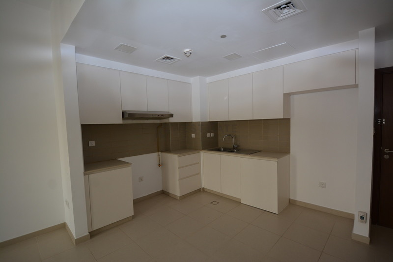 Apartment in Zahra Breeze Apartments For Sale