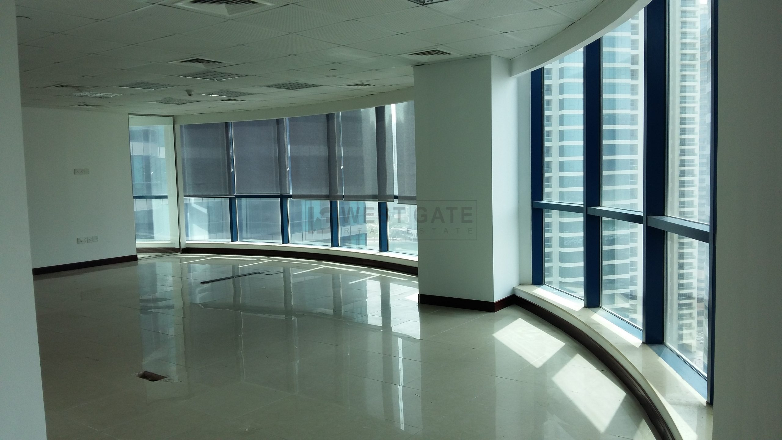 Office space in Jumeirah Bay Towers For Sale