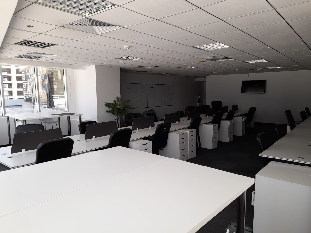 Office space in Mazaya Business Avenue For Sale
