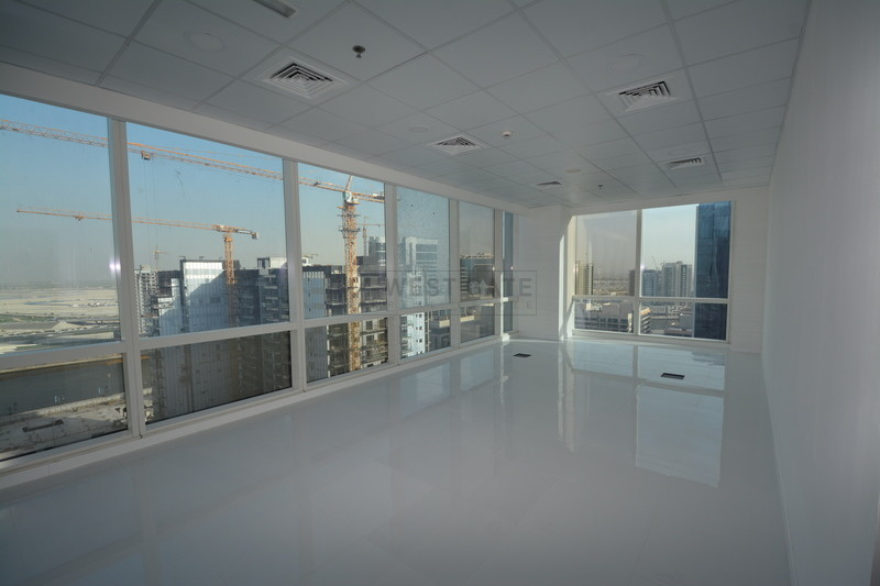Office space in Tamani Art Tower For Rent